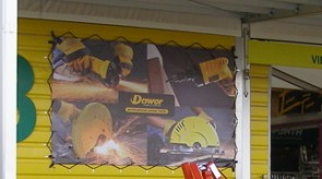 Tentas Dawer professional tools Garinų turgavietėje